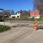 Ny asfalt på gång efter fibergrävningen